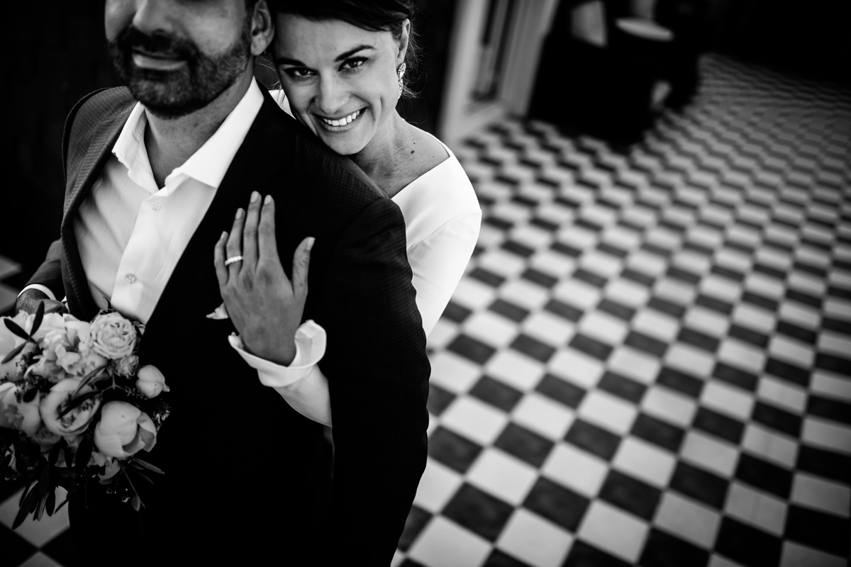 wedding portrait in hotel maria cristina